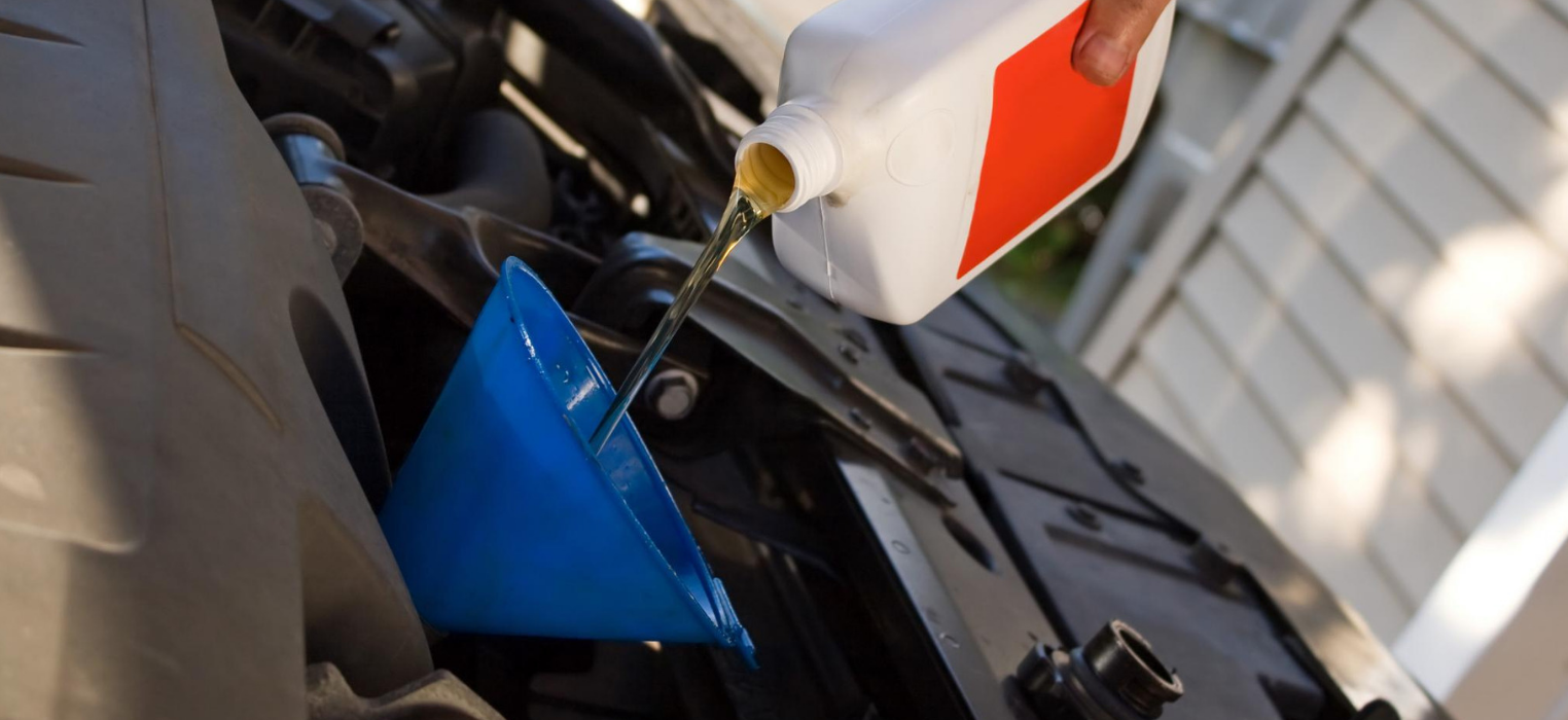 <h2 style='color:#FFFFFF !important;                                              '>Oil Changes</h2>                                             <span class='slideDesc'>Get a professional oil change at an affordable price with the pros at Brannan Auto & Glass.</span>
